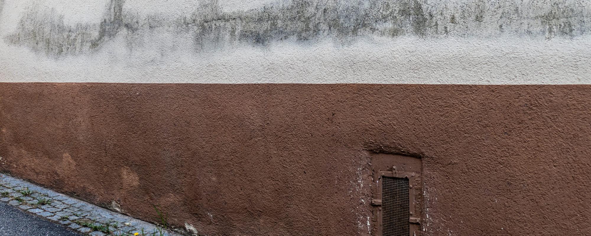 Vochtdoorslag in de muur